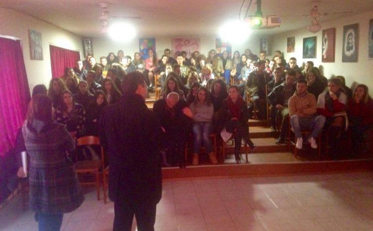 Instituti i Studimeve të Krimeve dhe Pasojave të Komunzimit, nisi projektin pilot të programit për informimin e nxënësve të gjimnazeve të Tiranës me të kaluarën komuniste me gjimnazin Ismail Qemali