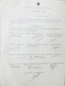 """Me vendim nr. 9, 26 prill 1945, Këshilli i Ministrave caktoi 1 Majin si """"festë zyrtare për gjithë popullin Shqiptar,""""…"""